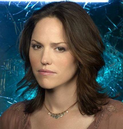 CBS: Jorja Fox firma per CSI Las Vegas 11, Kirsten Vangsness in Suspect Behavior?