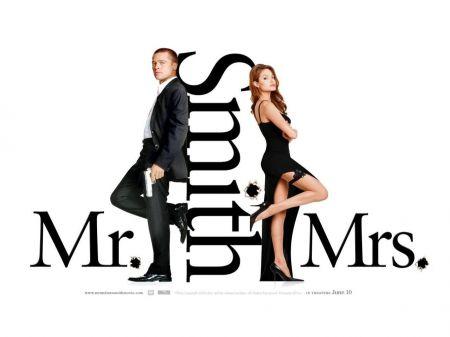 Programmi Tv stasera, oggi 21 luglio 2010: Mr & Mrs Smith, Ghost Whisperer, I Cesaroni