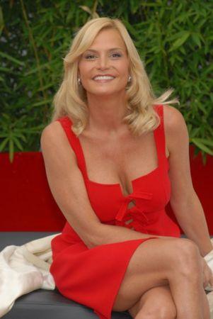 Simona Ventura: uno show con Morgan, l'Isola dei famosi 8 in forse