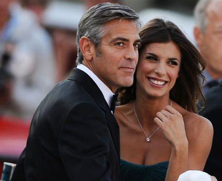 """Lo sfogo di Elisabetta Canalis: """"Non mi perdonano di essere felice con George"""""""