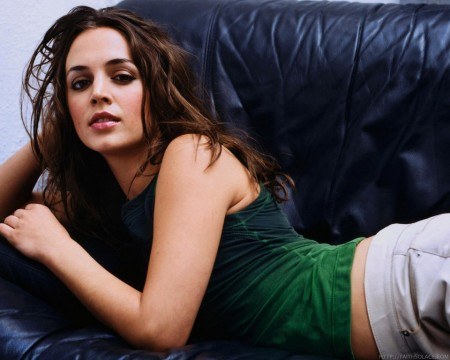 Eliza Dushku in The Big Bang Theory 4