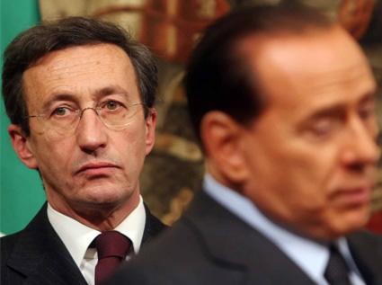 Current, in diretta i discorsi di Berlusconi in Parlamento