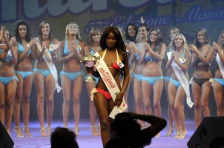 Miss Muretto 2010 è Bruna Ndiaje