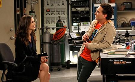 CBS: foto di Eliza Dushku in TBBT 4, rinnovo per 5 serie e CSI su Facebook con Crime City