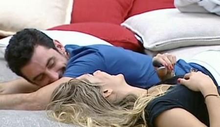 Grande Fratello 11, nascono i primi amori: feeling fra Ferdinando e Angelica