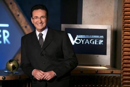 Programmi Tv stasera, oggi 27 ottobre 2010: Ti lascio una canzone, Mi presenti i tuoi?, Voyager