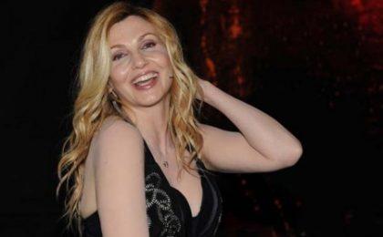 X Factor 4, stasera 10a puntata, in gara le sigle tv, ospite Lorella Cuccarini