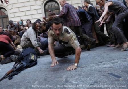 The Walking Dead, debutto boom: 5.3 milioni di telespettatori live, oltre 8 con le repliche