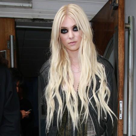 """Taylor Momsen, smentito l'addio: """"Legata a Gossip Girl fino alla settima stagione"""""""