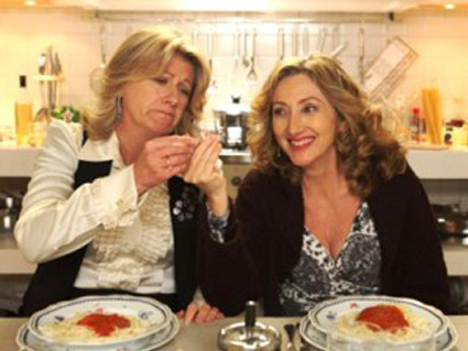 Canale 5 sospende 2 Mamme di Troppo e raddoppia I Cesaroni 4