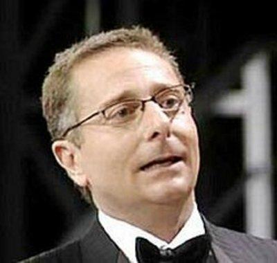 """Paolo Bonolis, monito dall'Università, """"la tv può corrompere"""""""
