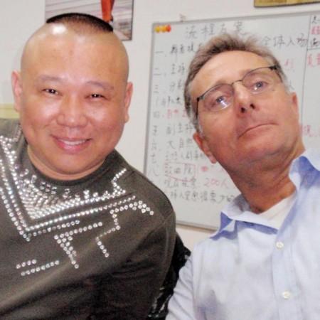 Paolo Bonolis porta Ciao Darwin in Cina
