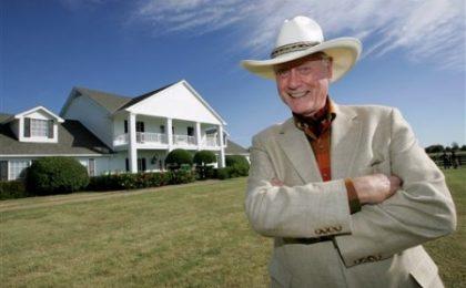 Dallas, JR è troppo esoso; niente Larry Hagman per il sequel?
