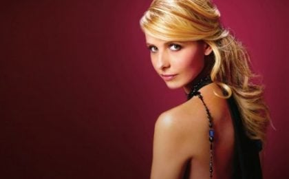 CBS: Sarah Michelle Gellar per Ringer, novità su Charlie Sheen, The Good Wife e HIMYM