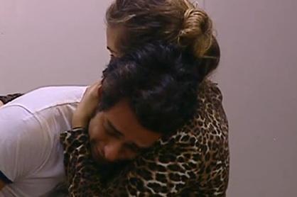 GF 11: Davide disperato per Rosa e Biagio ci prova con Erinela