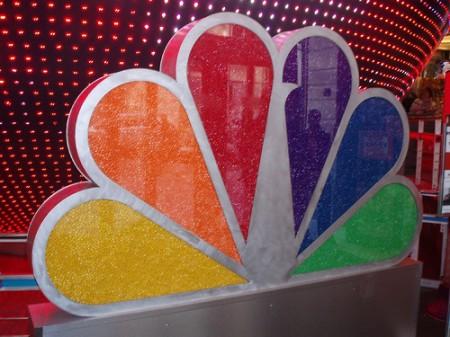NBC ordina Wonder Woman e Smash (il nuovo Glee?) e rimanda Odd Jobs; novità FOX e CBS