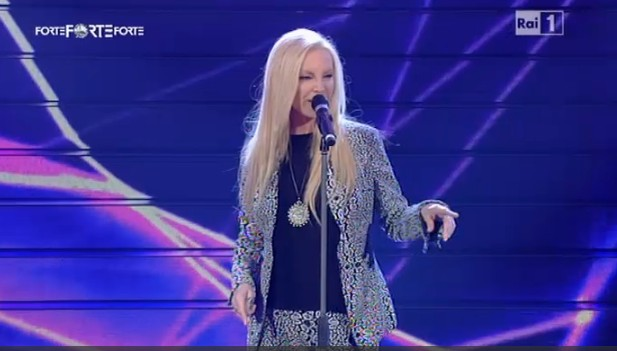 Festival di Sanremo 2011, Patty Pravo duetta con Morgan