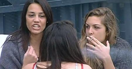 """GF 11, Rosa contro Davide e Olivia: """"Mi fanno schifo"""""""