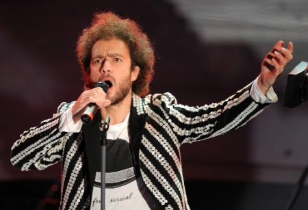 Sanremo 2011, Tricarico censurato? L'autore nega