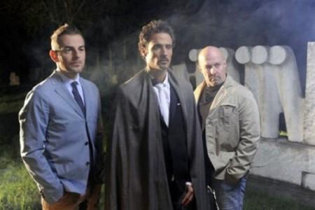 Programmi Tv stasera, oggi 20 gennaio 2011: Al di là del lago, Annozero, Milan-Bari, Rossella