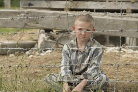 Programmi Tv stasera, oggi 3 febbraio 2011: Il bambino con il pigiama a righe, Annozero, Rossella
