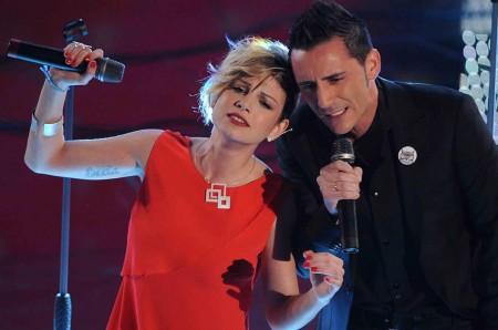 Sanremo 2011, la dedica di Kekko (Modà) a Nuti, 'vittima' della tv