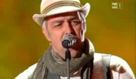 Sanremo2011 davide vandesfroos primaserata