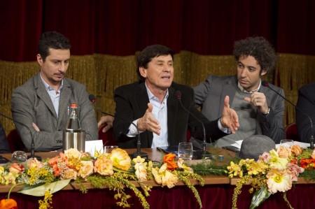 Sanremo 2011, Question Time sulla prima serata