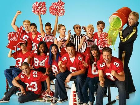Programmi Tv stasera, oggi 7 febbraio 2011: Grande Fratello 11, La Narcotici, Voyager, Glee