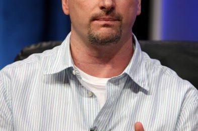 Glen Mazzara per The Walking Dead, pilot per Connie Britton e Krysten Ritter
