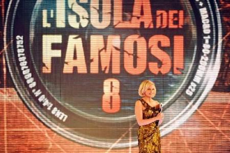 Isola dei Famosi 8, diretta web seconda puntata, esce Francesca De Andrè. Nominati, Luca Dirisio e Killian Nieslen