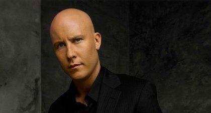 Smallville 10, Michael Rosenbaum rifiuta le avances dei produttori