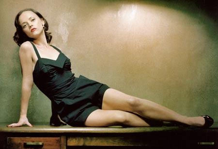 Pilot: Christina Ricci vuole Pan Am, Kiefer Sutherland in Touch; novità per NBC e via cavo