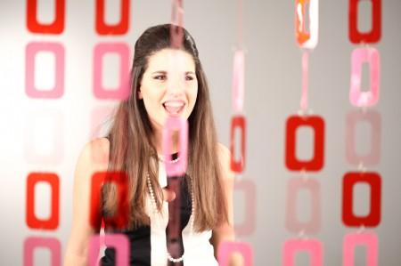 Sanremo 2011: Micaela Foti, Fuoco e Cenere (testo)