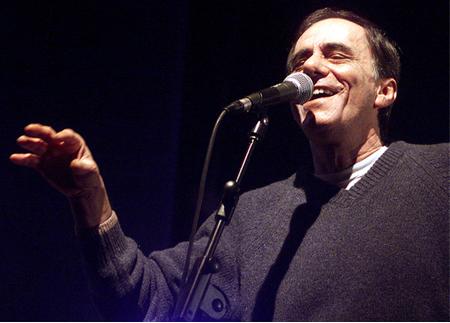 Sanremo 2011: Vecchioni duetta con la PFM, i La Crus si separano