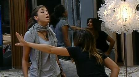 GF 11, lite fra Guenda e Marghe per il presunto bacio fra lei e Andrea