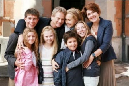 Ascolti tv 25 aprile 2011, a Pasquetta vince Un Medico in Famiglia 7