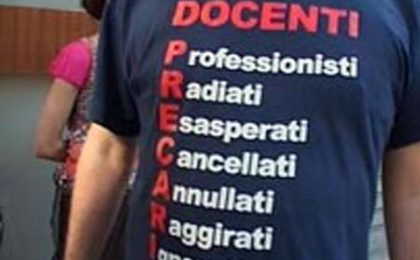 Canale 5 rinuncia allo show con docenti precari e asini vip