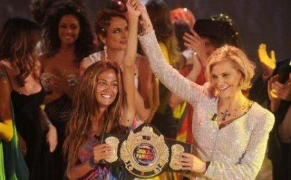 Ascolti tv martedì 26/4/2011, record per la finale dell'Isola dei Famosi 8