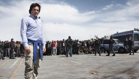SOS Lampedusa – Diario di Fabio Caressa stasera su Sky Uno