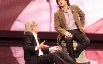 Vittorio Sgarbi si rifugia a Canale 5 dopo il flop su RaiUno