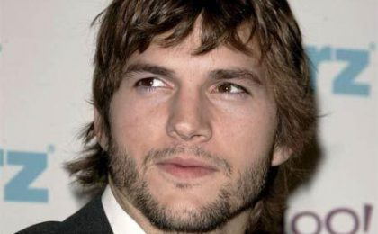 Ashton Kutcher rimpiazza Charlie Sheen in Two and A Half Men
