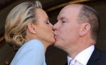 Nozze Alberto di Monaco e Charlene, rito civile