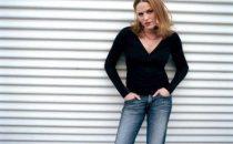 Jorja Fox regular di CSI 12, Zuiker firma con ABC; il triplo crossover a settembre su Italia 1