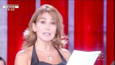Baila!, Barbara d'Urso arringa il popolo di Pomeriggio Cinque