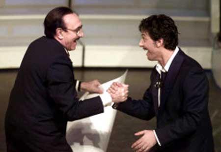 """Fiorello incoraggia Baudo, maltrattato dalla Rai: """"Forza Pippo, ti voglio nel mio show"""""""