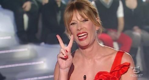 """Alessia Marcuzzi: nessun ex gieffino al GF 12, appello a Fiorello """"Non farci troppo male"""""""