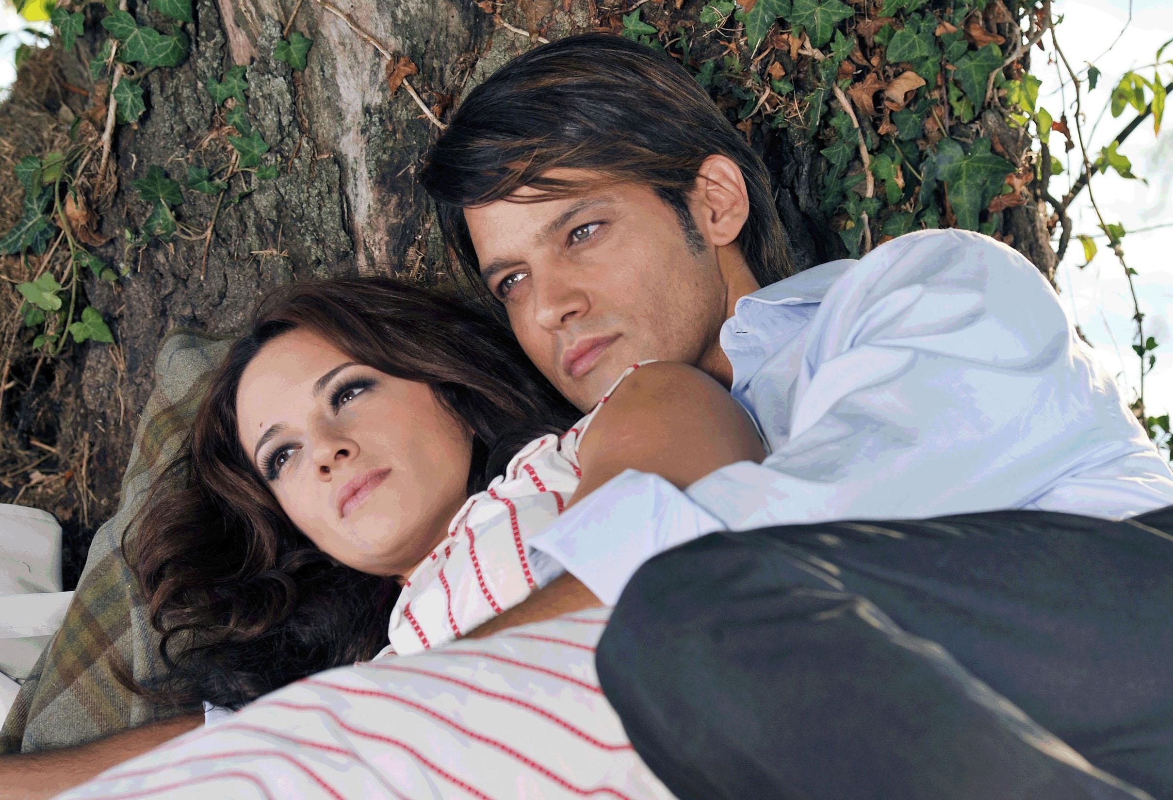 Ascolti tv venerdì 14 ottobre 2011: Sangue Caldo chiude e vince, boom di Sabina Guzzanti su La7