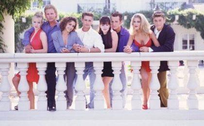 Beverly Hill 90210, venti anni fa il debutto del primo teen drama