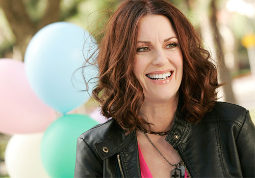 Breaking In, Megan Mullally regular della seconda stagione